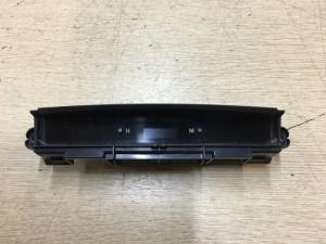 Часы Toyota Camry VII (XV50)