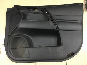 Обшивка двери передняя правая Toyota Highlander II (U40)