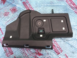 Нижняя защита бардачка (перчаточника) Lexus NX внедорожник 5 дв.