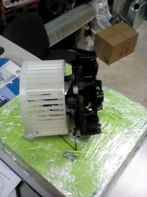 Мотор печки Сандеро Renault Sandero I