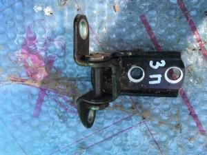 Петля двери задняя правая нижняя Toyota Camry VII (XV50)