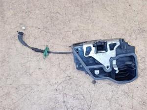 Название детали Замок двери задней правой Модель BMW X3 E83 рест BMW X3
