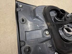 Фонарь задний внутренний правый-350 Lexus RX