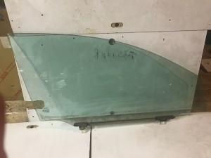 стекло передней правой двери Toyota Avensis II Рестайлинг Седан