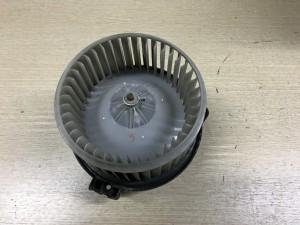 Мотор отопителя Toyota Corolla IX (E120, E130) Седан
