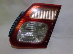 Фонарь задний правый внутренний Nissan Almera II (N16) Седан