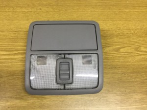 Плафон освещения передний Toyota RAV 4III (XA30)