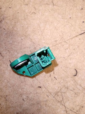 Название детали Датчик удара Модель Citroen C3 Picasso Citroen C3 Picasso