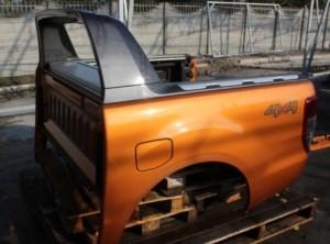 Кузов грузовой, кабина б/у в сборе на европейский пикап Nissan NP 300