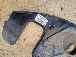 Название детали Пыльник двигателя правый Модель Hyundai Santa Fe II CM рестайлинг Hyundai Santa Fe