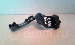 Кронштейн проводки замка зажигания -  7 series ) E38 BMW 7er III (E38)