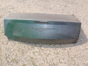 Крышка багажника Chrysler 300C