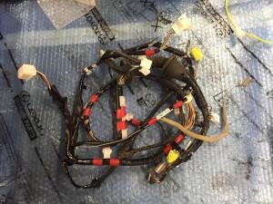 Проводка в переднюю левую дверь Toyota RAV 4 IV (CA40) Рестайлинг
