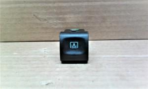 Кнопка включения электрошторки (задней) - Opel Omega B Седан
