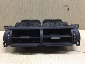 Дефлектор воздушный центральный Lexus NX внедорожник 5 дв.