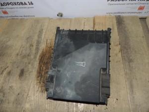 Крышка блока предохранителей Skoda Octavia A5 Skoda Octavia