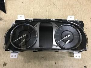 Щиток приборов Toyota Hilux VIII Рестайлинг – пикап двойная кабина