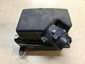Корпус воздушного фильтра Toyota Camry VII (XV50)
