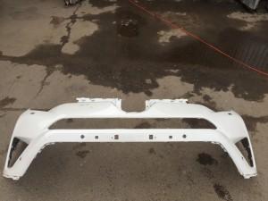 Бампер передний белый Toyota RAV 4 IV (CA40) Рестайлинг