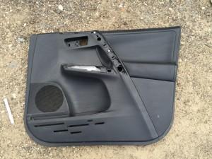 Обшивка двери передняя правая кожа Toyota RAV 4IV (CA40)