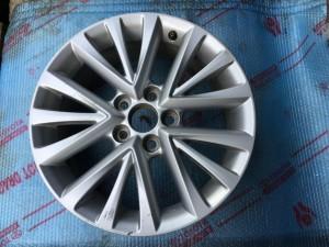 Литой диск на Тойоту Камри в 55 кузове 4261106B80