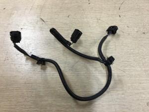 Проводка переднего парктронника Toyota Hilux VIII Рестайлинг – пикап двойная кабина