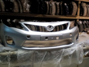 Бампер передний Тойота Королла 10-12 серебристый Toyota Corolla X (E140, E150) Седан