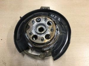 Кулак поворотный задний правый Toyota Highlander II (U40)