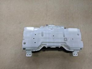 Панель приборов Toyota Hilux