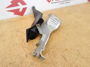 Название детали Петля капота левая Модель Peugeot 308 Peugeot 308
