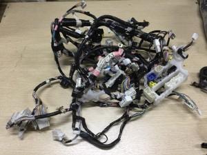 Проводка подторпедная Toyota Yaris II Хэтчбек 5дв.