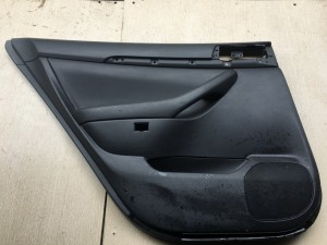 Обшивка двери задней левой Toyota Avensis II Рестайлинг Седан