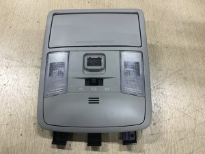 Плафон освещения передний Toyota RAV 4 IV (CA40) Рестайлинг