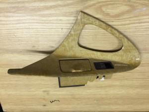 Кнопка стеклоподъемника с накладкой задняя левая Toyota Camry VI (XV40)