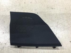 Решетки под динамик правая Lexus NX внедорожник 5 дв.