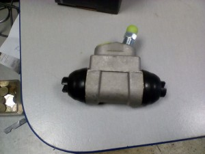 Рабочий тормозной цилиндр Солярис рио Hyundai Solaris I Рестайлинг Седан
