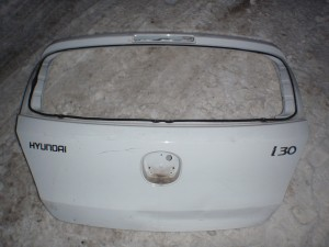 крышка багажника Hyundai i30
