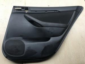 Обшивка двери задней правой Toyota Avensis II Рестайлинг Седан