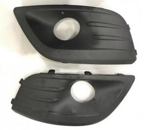 Облицовки противотуманных фар левая+правая LADA  комплект ВАЗ Largus универсал 5 дв.