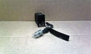 Лечинка бардачка+выключатель пассажирской Airbag -   ) B6 Volkswagen Passat B5 Седан