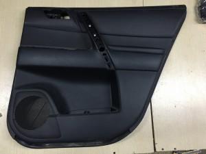 Обшивка двери задней правой Toyota Highlander II (U40)