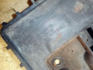 Название детали Площадка аккумулятора Модель Hyundai Santa Fe II CM Hyundai Santa Fe