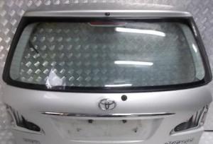 Avensis  2001-2004 дверь багажника, двери, бампер и др. Toyota Verso