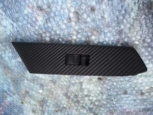 Кнопка стеклоподъемника с накладкой передняя правая Toyota RAV 4IV (CA40)