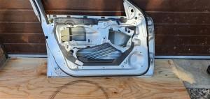 Дверь передняя левая  BMW E46 BMW 3er