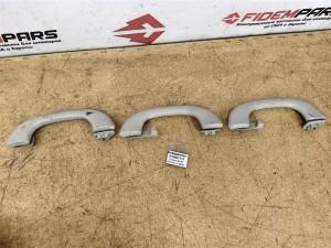 Название детали Ручки потолочные комплект Модель Peugeot 3008 Peugeot 3008