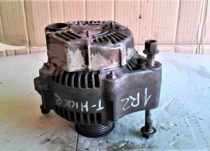 Генератор двигателя - Toyota HiAce минивэн