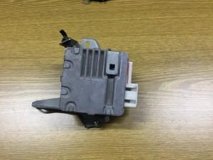 Блок управления рулевой рейкой Toyota Yaris II Хэтчбек 5дв.