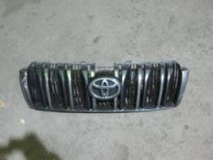 Решетка радиатораPrado 150TRJ1502013 Toyota Land Cruiser Prado