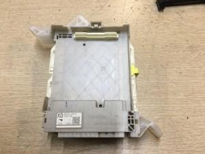 Салонный блок предохранителей Toyota Camry VII (XV50)
